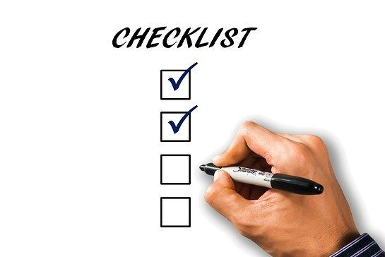 Prepare a packing checklist is the first of the packing tips for moving from coast to coast.